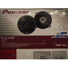 АвтоДинамики Pioneer 13sm 250w TS-G1342Rрешетки в комплекте 2шт